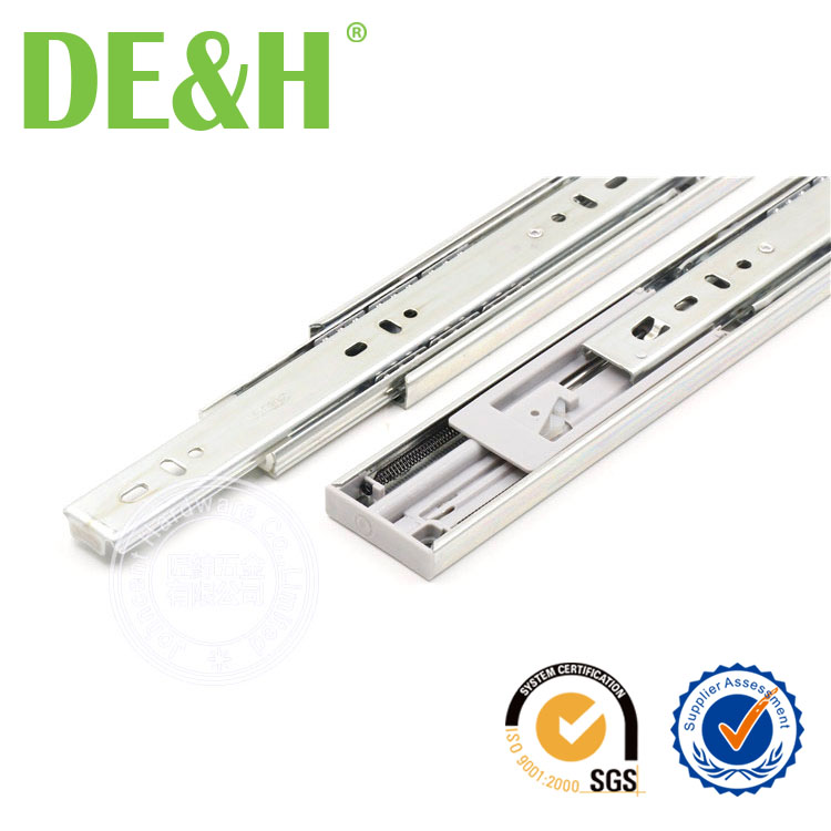 45mm Hydraulic soft closing ball bearing drawer slide